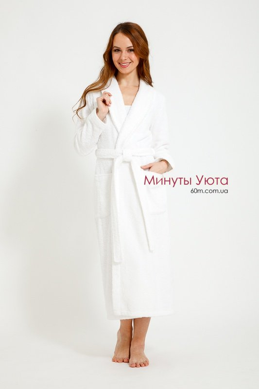 d13159b7e4824 Белый махровый банный халат Virginia Secret Белый махровый банный халат  Virginia Secret ...